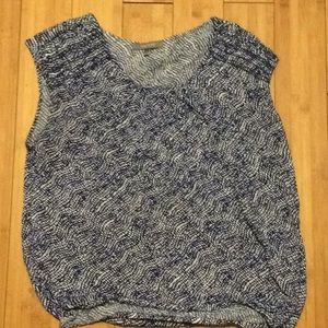 Daisy Fuentes short sleeve blouse